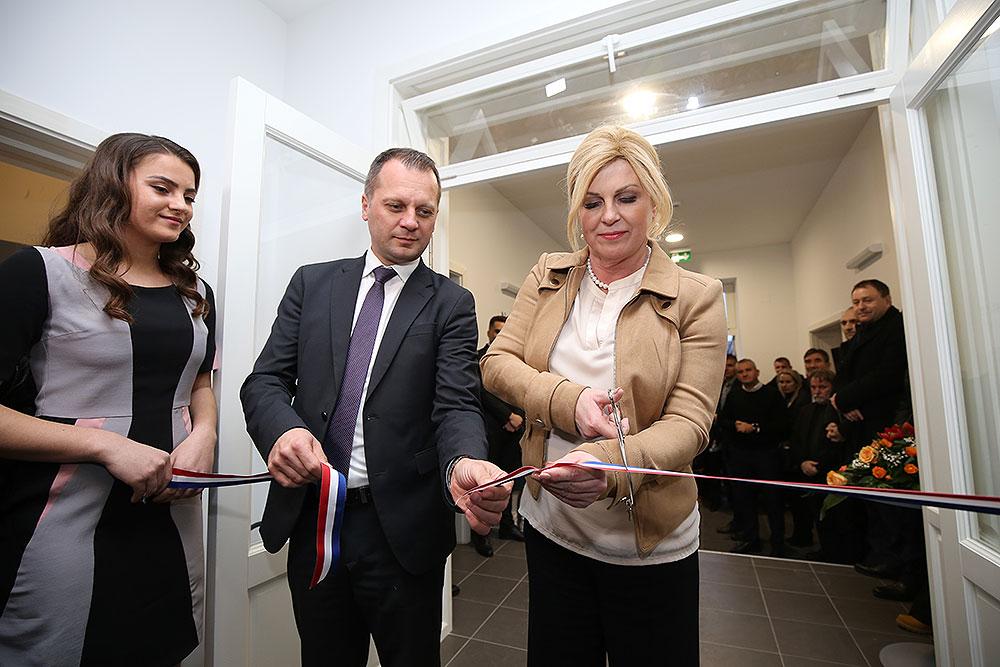 Predsjednica RH, Kolinda Grabar-Kitarović, otvorila je Poduzetnički inkubator Slatina